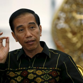 "Indonesian President Joko Widodo gestures during an interview with Reuters at the Presidential Palace in Jakarta, Indonesia, February 10, 2016. Indonesia on Thursday opened dozens of sectors to foreign investors in what President Joko Widodo has described as a ""Big Bang"" liberalisation of its economy, Southeast Asia's largest. Picture taken February 10, 2016. REUTERS/Darren Whiteside  - RTX26FW2"